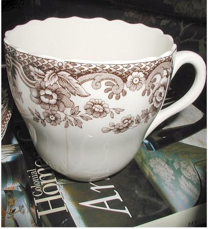 teacup-pincushion1