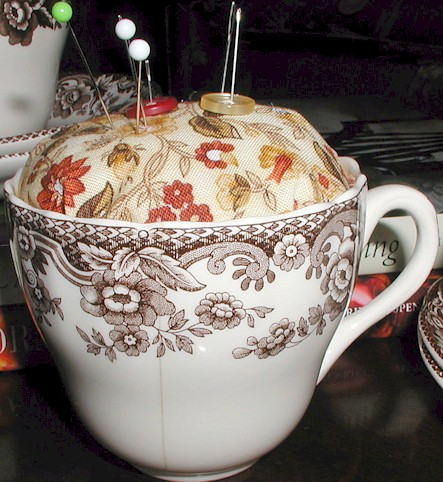 teacup-pincushion6
