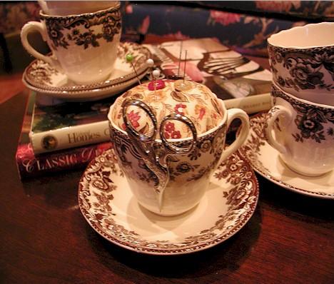teacup-pincushion8