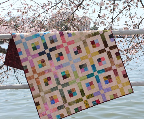 Stained Glass in SIMPLE QUILTS & SEWING (Spring 2013) – Ivory Spring : simple patchwork quilt - Adamdwight.com