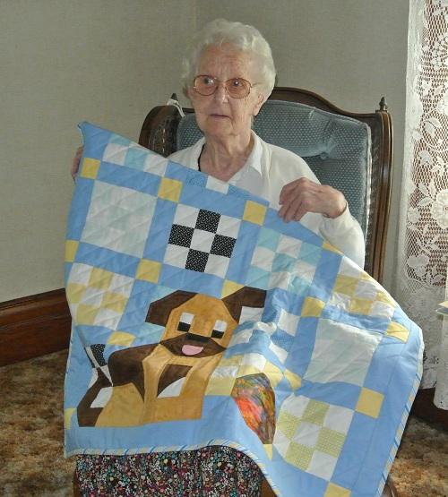 Mom w dog quilt